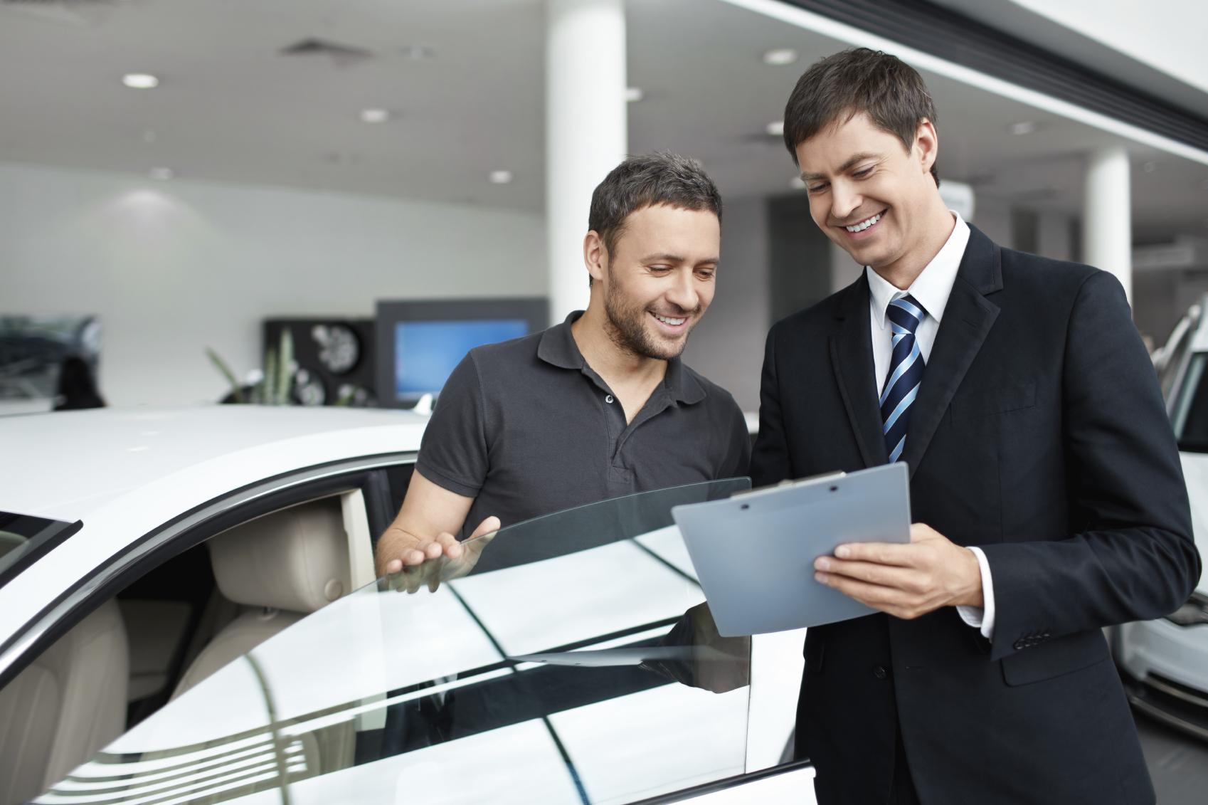 Care este cel mai bun moment pentru a cumpara o masina?